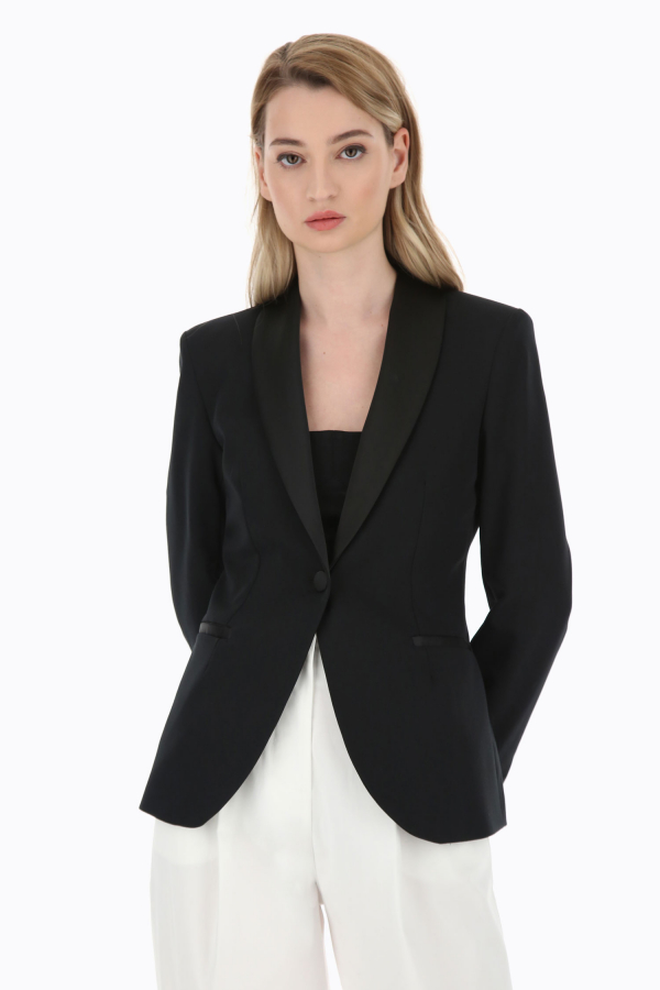 Veste à boutonnage simple et revers châle